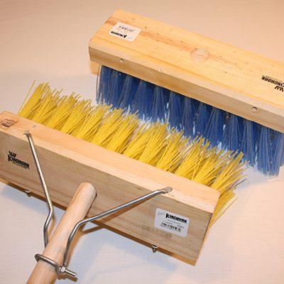 Bass broom